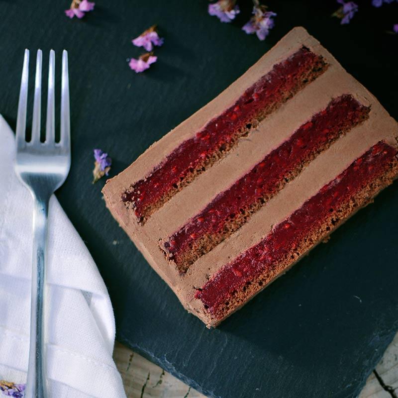 Coko malina - torta sa cokoladom i malinom