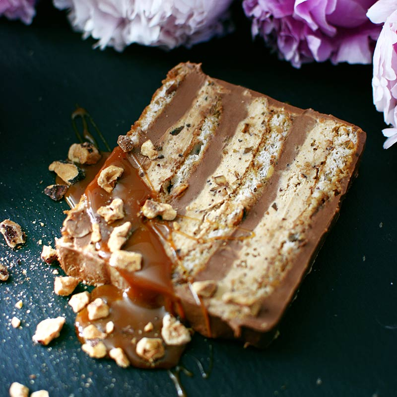 Karamel lesnik torta - nasi ukusi
