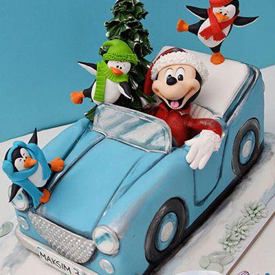 Decije torte Miki Maus u automobilu