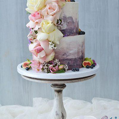 Rodjendanske torte Puterkrem sa prirodnim cvecem
